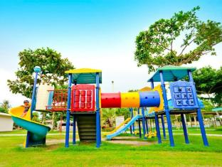 Camp Holiday Resort & Recreation Area Davao Stadt - Spielplatz