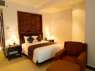 Petro Hotel - Room type photo