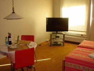 Estinn Apartment تالين - غرفة الضيوف