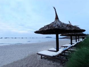 Mui Ne Bay Resort Phan Thiet - Beach