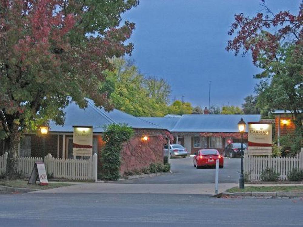 Beechworth Carriage Motor Inn - Hotell och Boende i Australien , Beechworth
