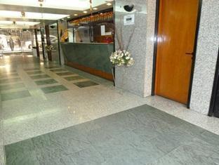 City Hotel Kuala Lumpur - Lobby