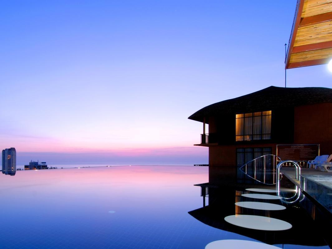 Karon Phunaka Resort and Spa Пукет