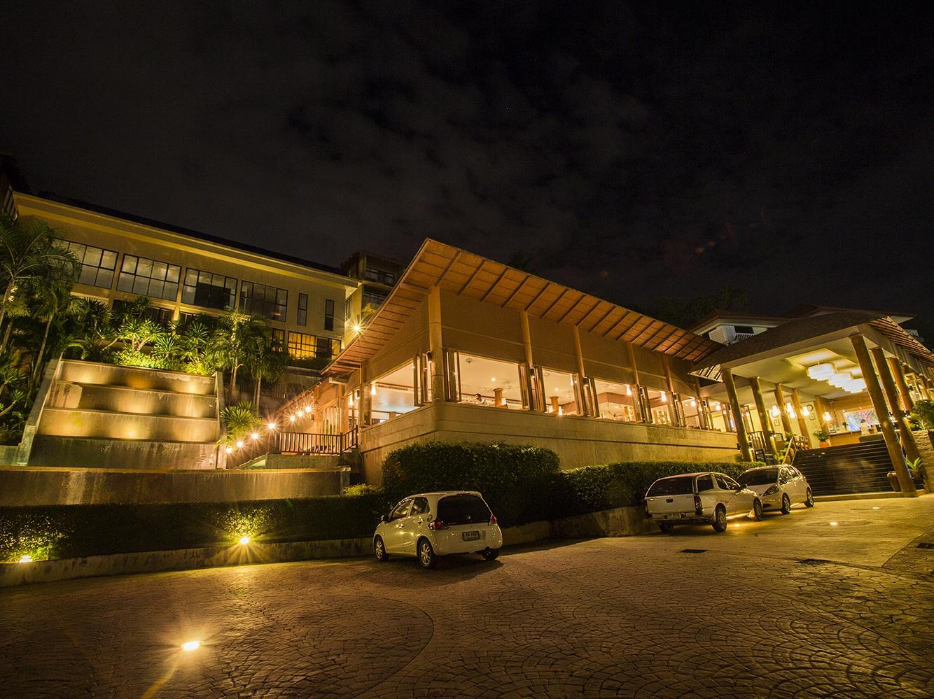 カロン プナカ リゾート & スパ6