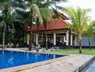 海景潜水度假村图兰奔酒店 巴厘岛 - 游泳池