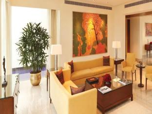 The Oberoi Hotel Gurgaon New Delhi and NCR - Room Interior