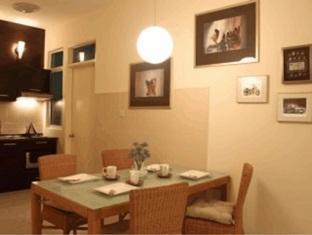 Amisha Vacation Home Kuala Lumpur - 2 Bedroom - Kitchen Area