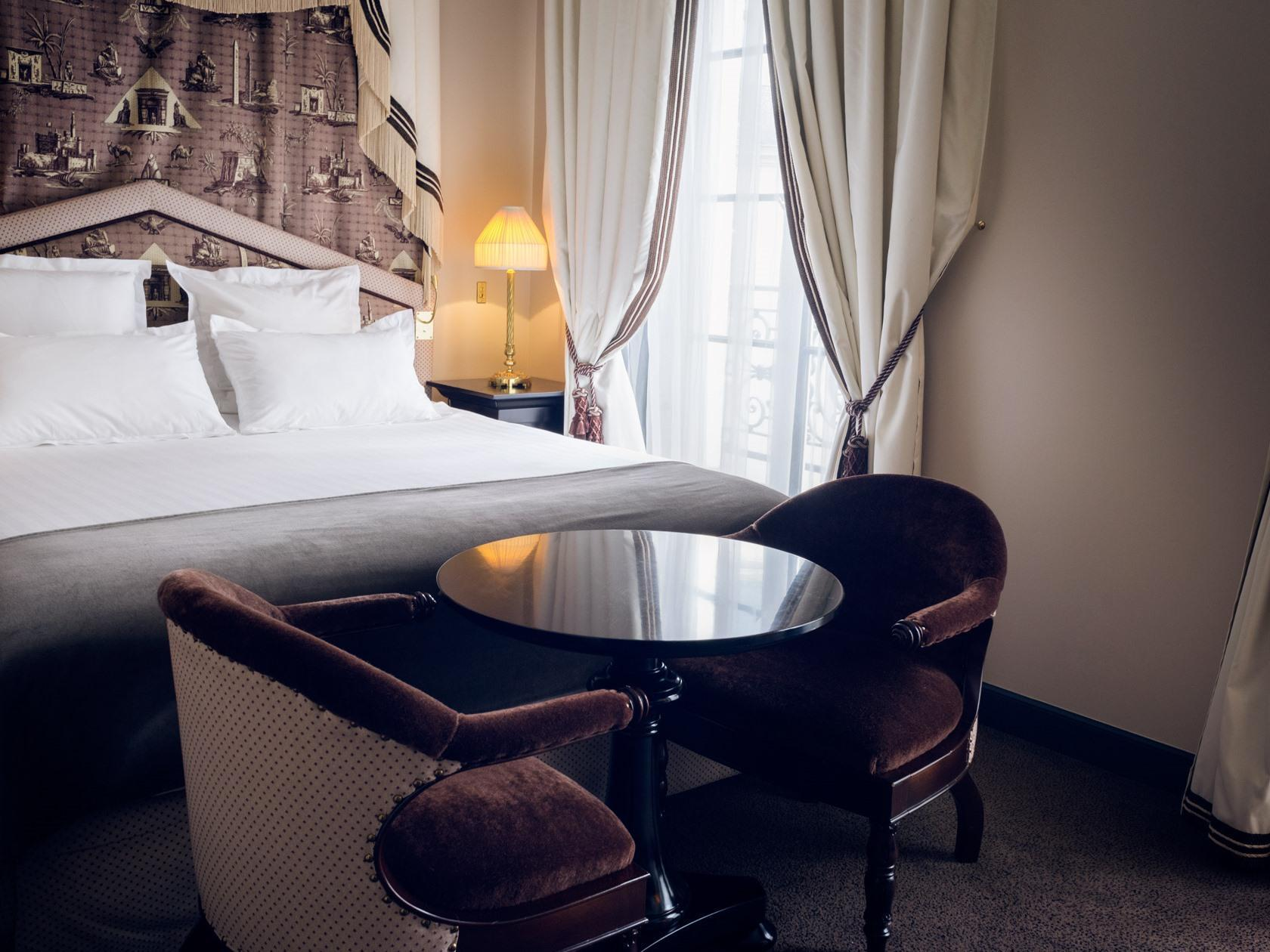 Hotel Athenee Paris