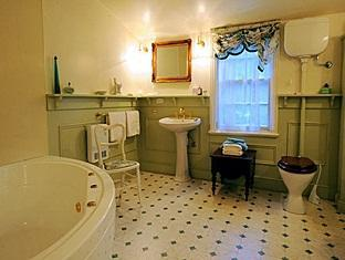 Alice's Cottages and Spa Hideaways - More photos