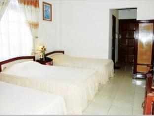 Hoang Tuan Hotel - More photos