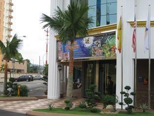 TC Inn Serdang - More photos