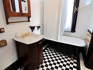 Werona Heritage Bed & Breakfast Accommodation - More photos