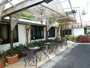 Cameronian Inn Cameron Highlands - Outdoor Cafe