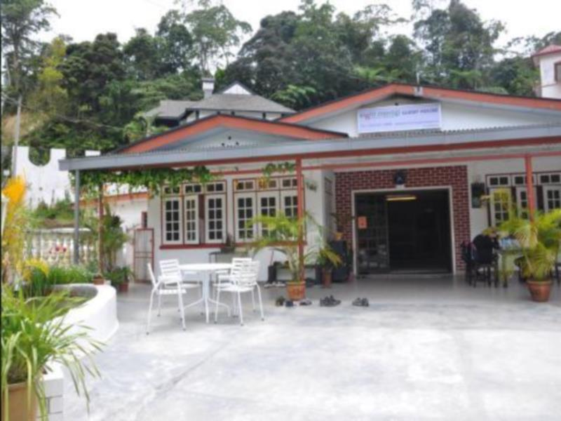 Eight Mentigi Guest House - Cameron Highlands