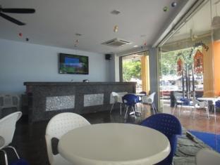 Ferringhi Inn & Cafe - More photos
