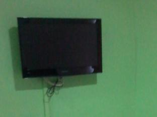 Ferringhi Inn & Cafe Penang - Flat Screen Television In Every Rooms