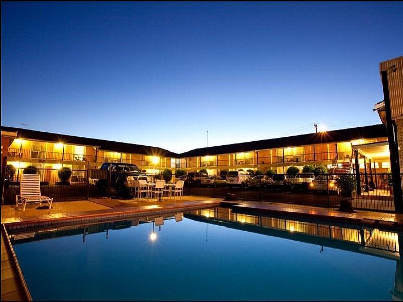 Golden West Motor Inn - Hotell och Boende i Australien , Dubbo