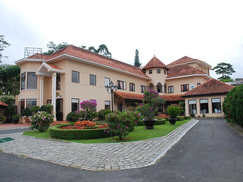 HP Villa Hotel - Hotell och Boende i Vietnam , Dalat