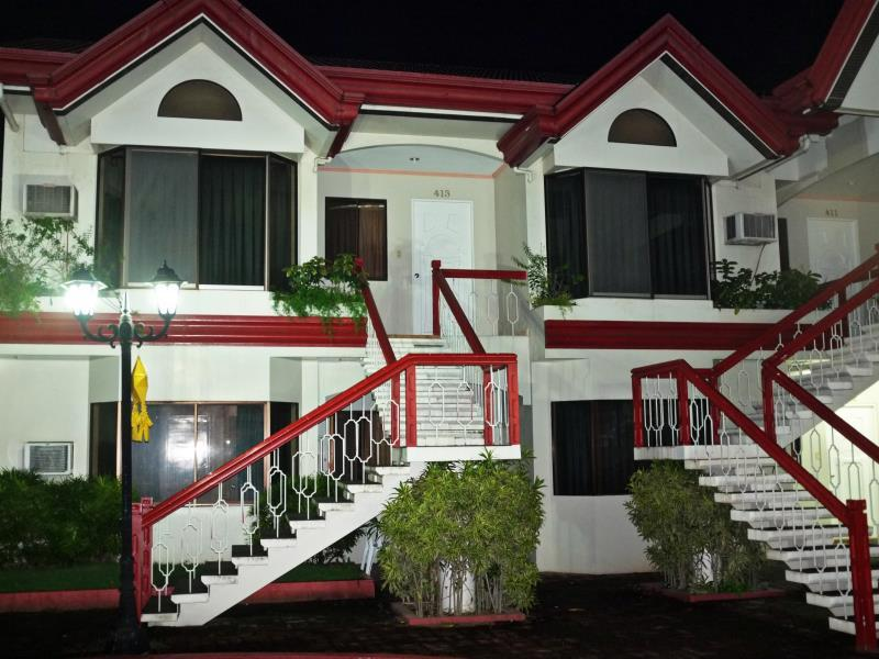 Linmarr Davao Hotels and Apartelles 다바오