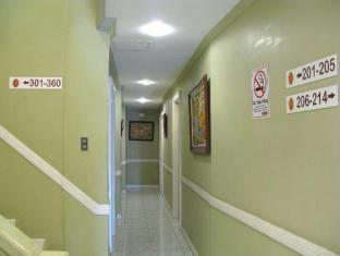 The Royale House Travel Inn & Suites Davao City - Hallway