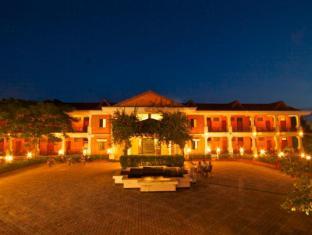 Buddha Maya Hotel