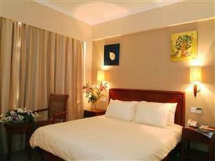 GreenTree Inn Shanghai Yanchang Road Hotel - Room type photo