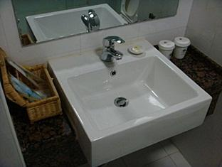 GreenTree Inn Wuhan Guocikou - More photos