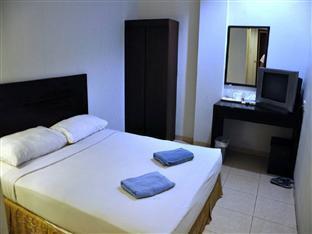 Double Standard - Lovina Inn