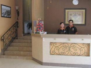 Seri Borneo Hotel