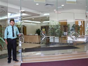 Hotel Putra Kuala Lumpur - Entrance