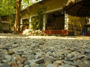 Maruni Sanctuary Lodge Park Narodowy Chitwan - Recepcja
