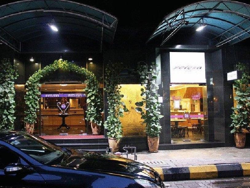 セレサ イン ホテル