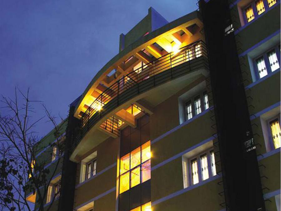 16 Square Luxury Suites & Boutique Hotel Bengaluru / Bangalore