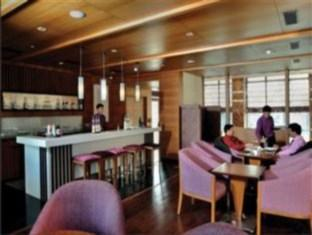 Oodles Hotel New Delhi and NCR - Food, drink and entertainment