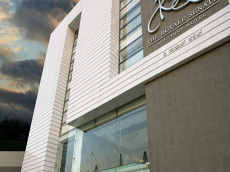 The Royale Senate Hotel - Hotell och Boende i Indien i Bengaluru / Bangalore