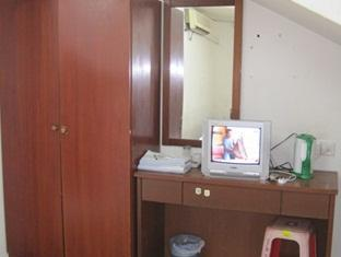 Chempawan Singgahsana Inn - More photos