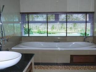 Grand Hill Residence Samui - Deluxe Premium - Bathroom