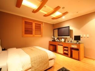 Hotel Manhattan - Room type photo