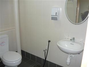Sinaran Motel Langkawi - Bathroom