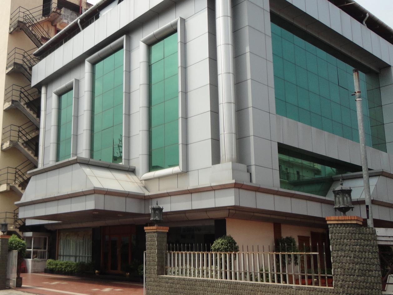 Hotel Grand Seasons - Hotell och Boende i Indien i Kochi / Cochin