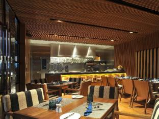 Best Western Plus At 20 Sukhumvit Bangkok - Food, drink and entertainment