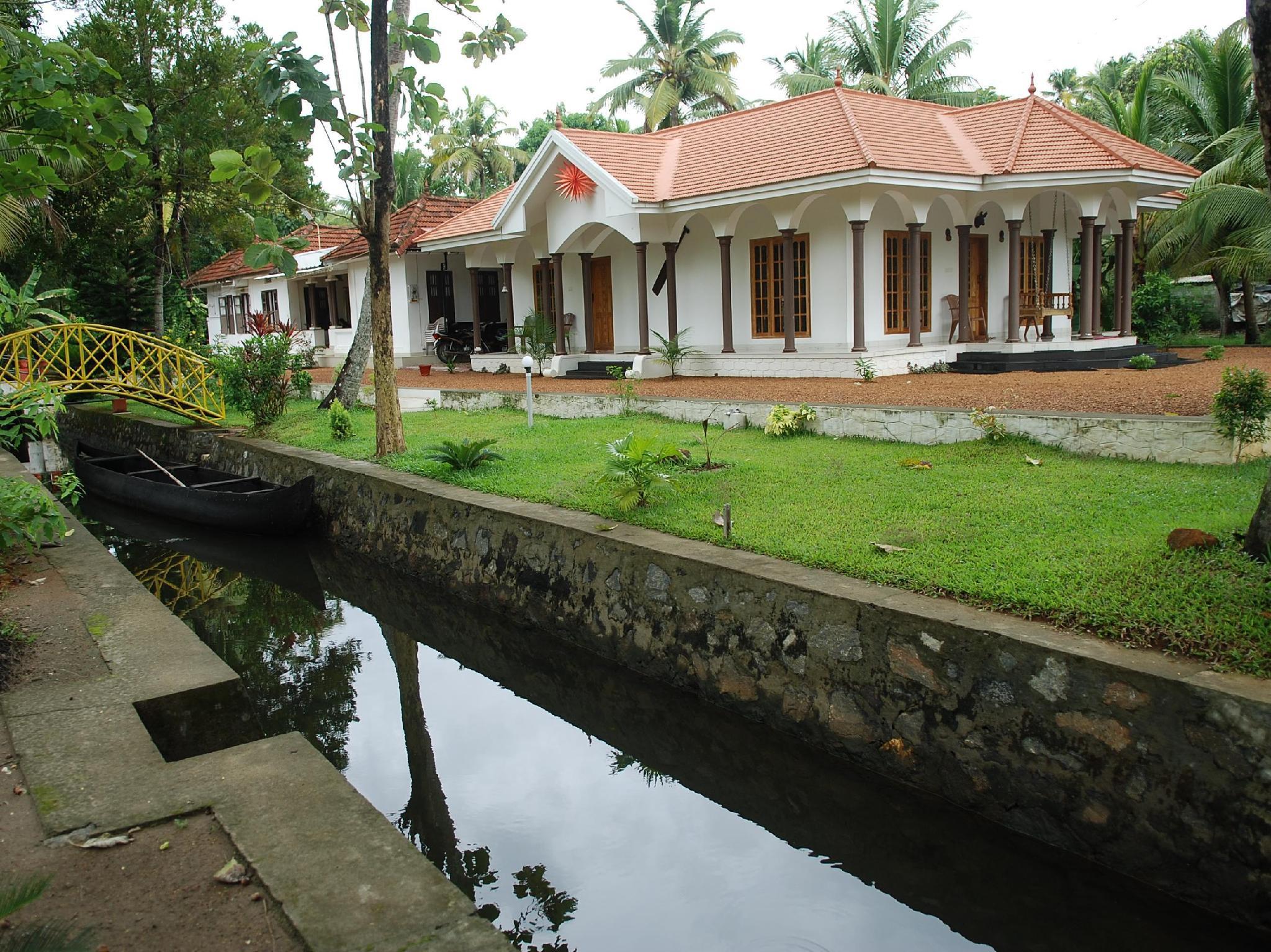 Coconut Creek Kumarakom Homestay Hotel - Hotell och Boende i Indien i Kumarakom