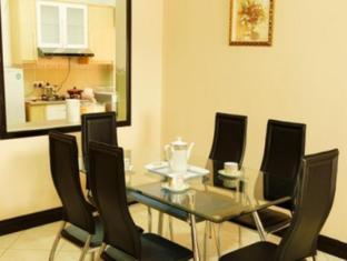 Marina Vacation Condos @ Marina Court Resort Condominium Kota Kinabalu - Waterfront Facing Condo Dining Area