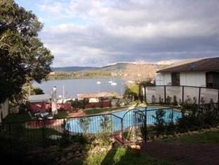 Caroline Bay Getaway Hotel - More photos