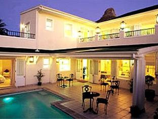 Craigrownie Guest House Cape Town - Night view