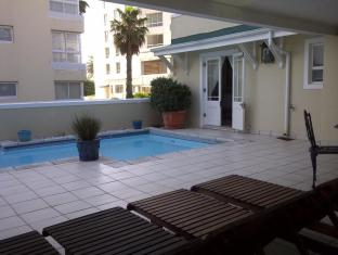 Craigrownie Guest House Cape Town - Swimming Pool