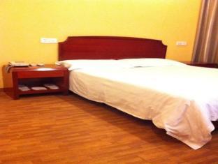 Jing Yue Inn Shipi Road Branch Shanghai - Guest Room