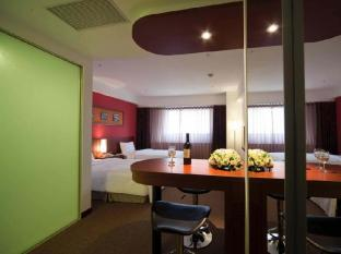 Asia Pacific Hotel - Room type photo
