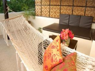 Charts Resort & Art Cafe Panglao Island - Hammock