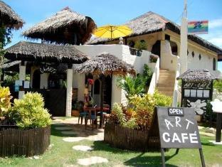 Charts Resort & Art Cafe Bohol - Otelin Dış Görünümü